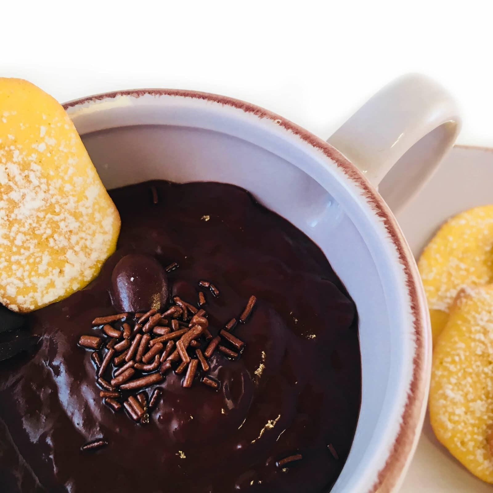 Read more about the article Cioccolata Calda in Tazza