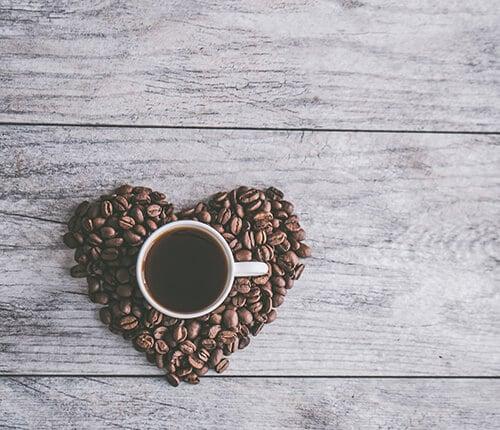 Read more about the article TUTTA LA VERITÀ SULLA BEVANDA PIÙ AMATA AL MONDO: IL CAFFÈ