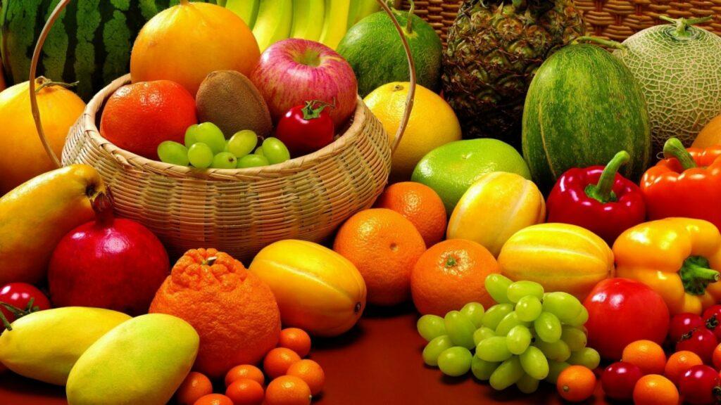 Come gestire gli attacchi di fame pre ciclo mangiando a sazietà