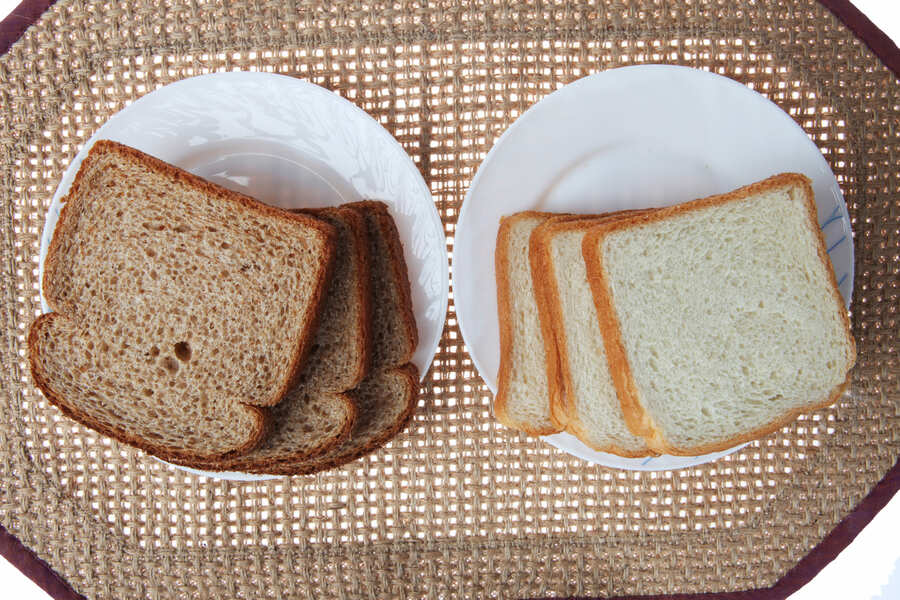 pane bianco e pane nero a confronto